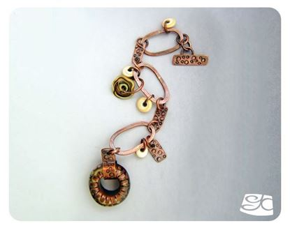 Picture of Oval Links and Glass Ring Toggle Clasp Bracelet DIY Tutorial