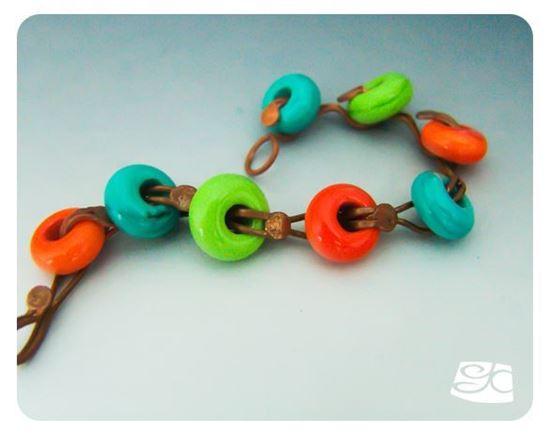 Picture of Loop Head Pin Bracelet DIY Tutorial